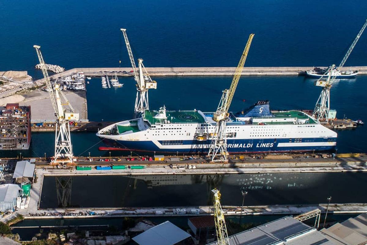 Allungamento della Grimaldi Cruise Roma